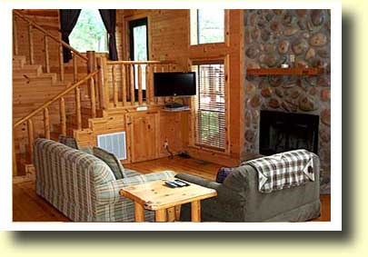 Broken Bow cabin Spokane living room