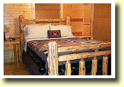 Broken Bow cabin Spokane private bedroom